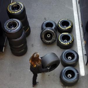 A Pirelli staff