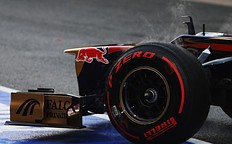 Red Pirelli