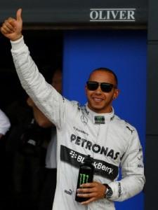 Lewis Hamilton Pole en Silverstone