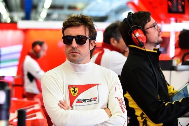 Fernando Alonso Ferrari Box