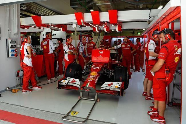 Kimi Box Ferrari