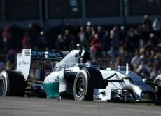 Nico Rosberg comienza marcando la pauta en el circuito de Interlagos