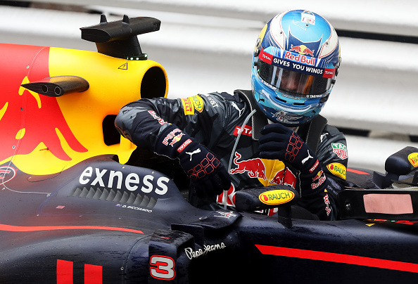 MONTE-CARLO, MONACO - MAY 29: Daniel Ricciardo of Australia and Red Bull Racing climbs out of his car in parc ferme during the Monaco Formula One Grand Prix at Circuit de Monaco on May 29, 2016 in Monte-Carlo, Monaco.  (Photo by Lars Baron/Getty Images)