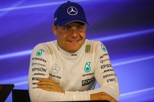 Mercedes extend Bottas contract to 2018