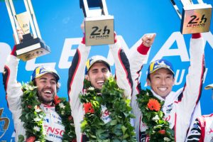 Las 24 horas de Le Mans donde Alonso, Buemi y Nakajima conquistaron junto a Toyota